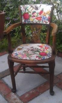 Table Cloth Chair